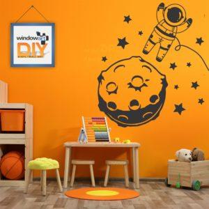 DIY_WB5 (Astronaut & Moon) Black